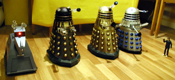 Dalek Vs. Dalek on the starting line