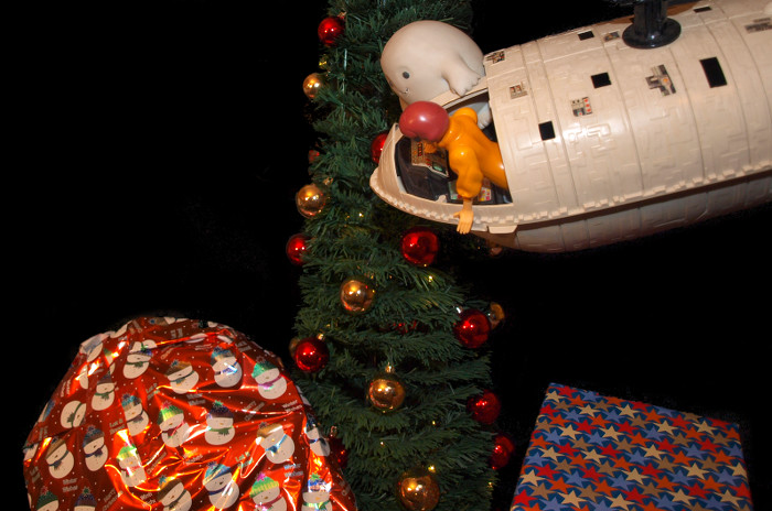 Chief Inspector Grey-um #2 - Grey-um and Dinkley, in the troop transport, above the Christmas tree.